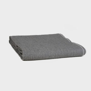 Quilted Crumpled Washed Linen Throw – Ardoise/Nuage