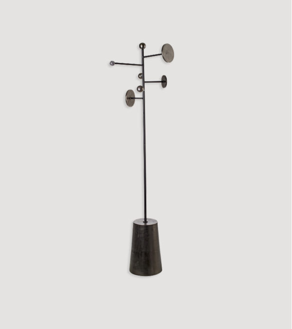 Coat-Stand-Inspace