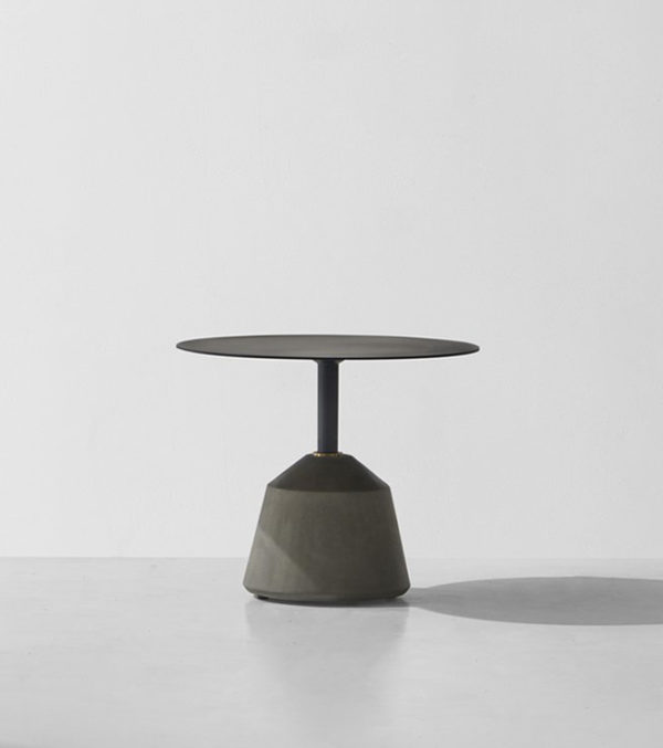 EXETER-SIDE-TABLE---LOW-grey-Concrete-Base